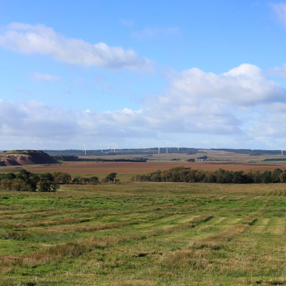 Heathland-Wind-Farm---Project-Image-(VP-D13_D-Montage_A70_Maidenhill).jpg