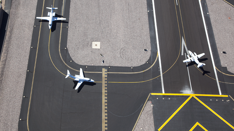 Aviation - Runways - shutterstock_124406839_Websize.png